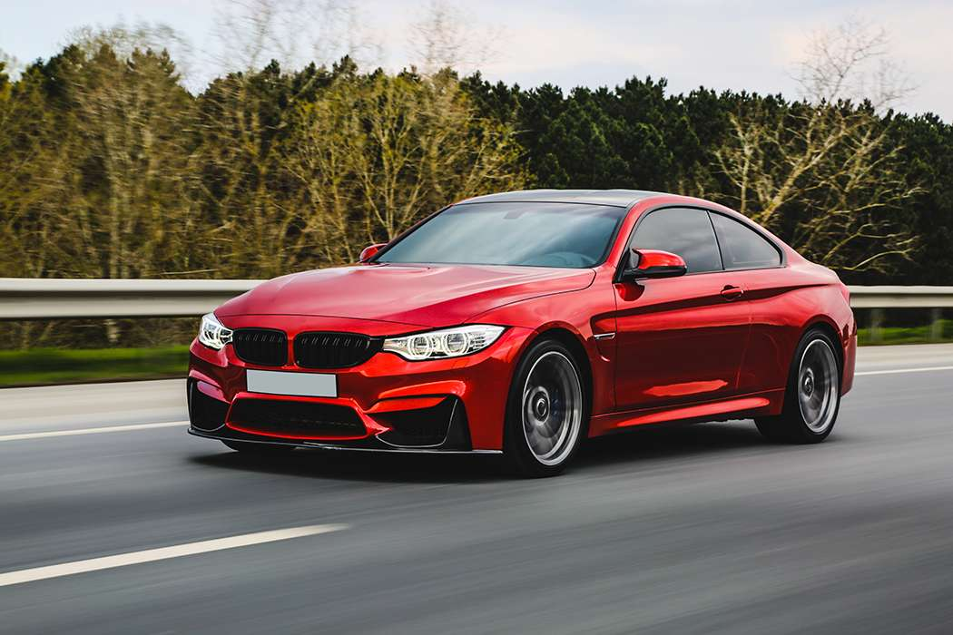 BMW_RED